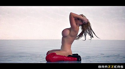 Nikki benz, Latex, Water