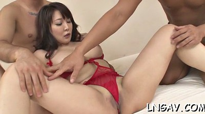 Japanese slut, Strip tease