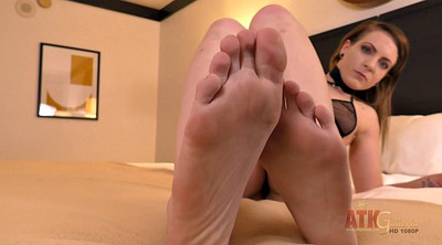 Lick feet, Fingers solo hd, Beautiful feet