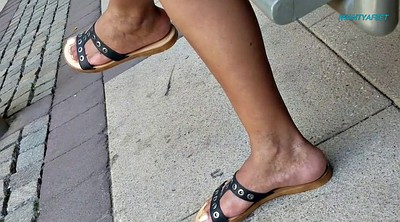 Mature feet, Mature foot, Candid