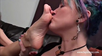 Mature foot, Lesbian foot, Feet worship