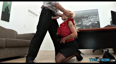Cougar, At work, Mouthfuck