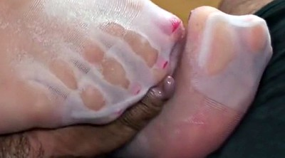 Pantyhose feet, Foot job