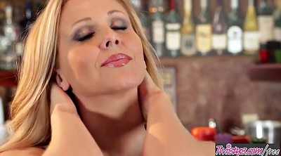 Julia ann, Licking