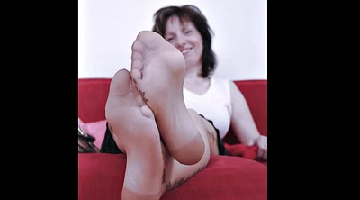 Mature feet, Mature foot, Granny feet, Granny foot