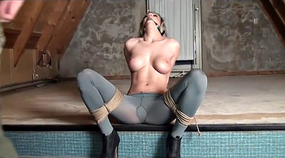 Pussy, Bound