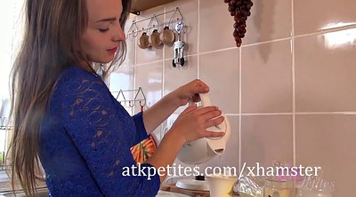 Kitchen, Teen petite