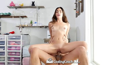 Doggy, Teen casting