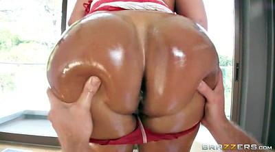 Kiara mia, Oil, Huge ass