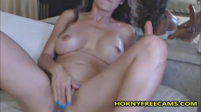 Milf solo, Mom masturbating