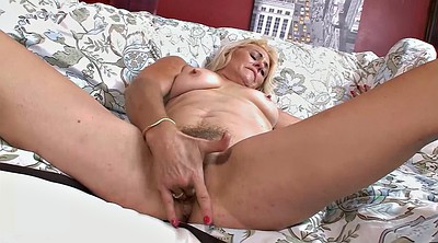 Saggy, Hairy blonde