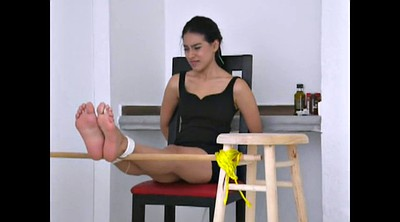 Feet slave, Beautiful feet, Slave girls, Girl feet