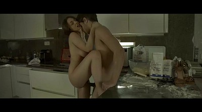 Spanked, Kitchen