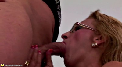 Mom creampie