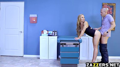 Nicole aniston, Stuck