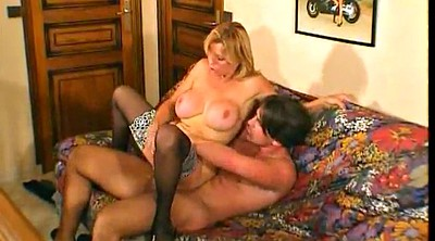 Mom anal, Anal mature, Moms anal