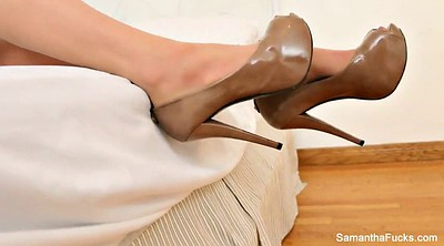 Samantha, Foot tease