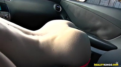 Pick up, Lola, Parking, In car, Doggy pov