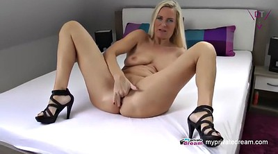 Squirt, Sex mom, Mom mature, Mature squirt, Amateur mom