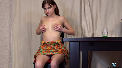 Solo teen, Solo shaved fingering