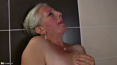 Mature mom, Hairy granny, Young moms, Mom cunt