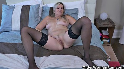 Mother, Fingering, Workout, Mature fingering, Black mother, Velvet