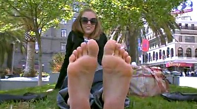 Foot fetish, Strong