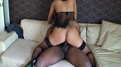 Riding creampie, Interracial amateur
