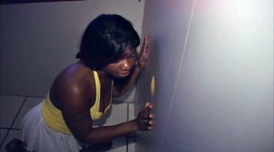 Glory hole, Monique