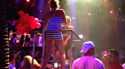 Upskirt, Club