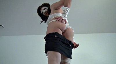 Crossdresser, Stripping