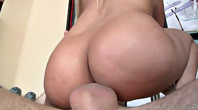 Diamond, Rough handjob, Orgasms, Cowgirl orgasm