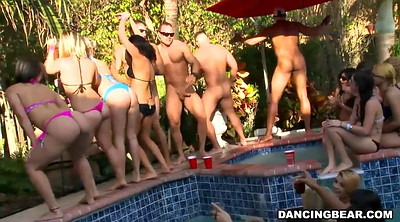 Girls, Pool party