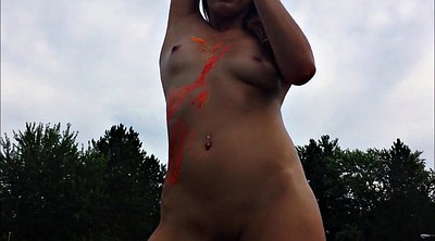 Nude, Public nudity