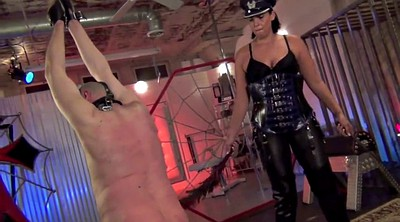 Leather, Leather femdom