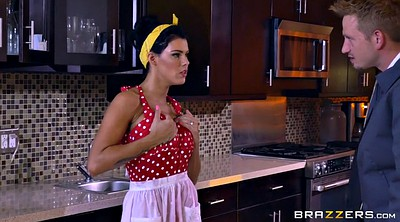 Peta jensen, Housewife