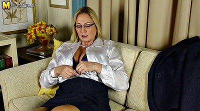 Big pussy, Cougar, Mature whore, American, Amateur mom, Big breast