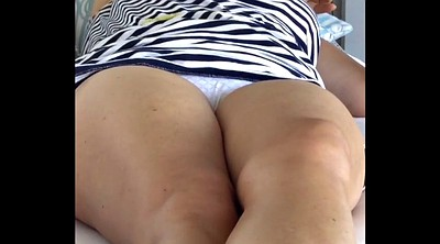 Mom, Upskirt