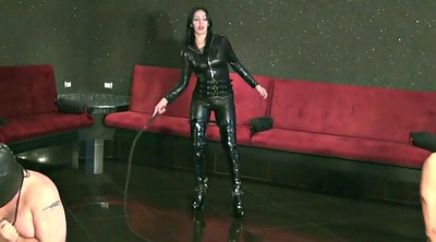 Mistress femdom, Whipping
