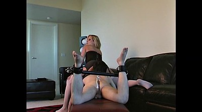 Slave, Ass licking