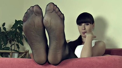 Pantyhose feet, Nylon feet