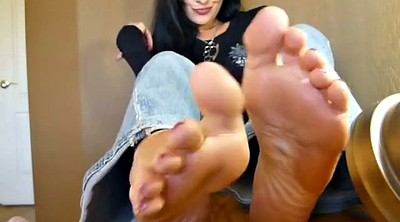 Mature feet, Bare feet
