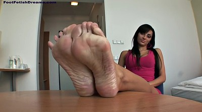 Veronica, Massage feet