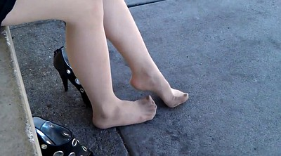 Pantyhose foot, Pantyhose feet, Foot tease