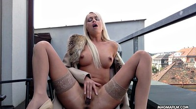 Wet pussy, Pussy fingering