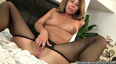 Mature nylon, Pantyhose mature