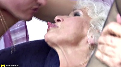 Pissing, Old and young, Mature mom