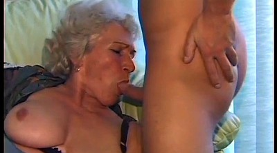 Old granny, Amateur moms