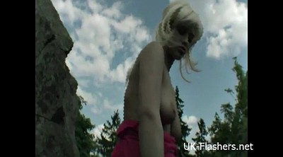 Young blond, Flasher