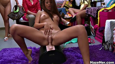 Sybian, Pussy licking